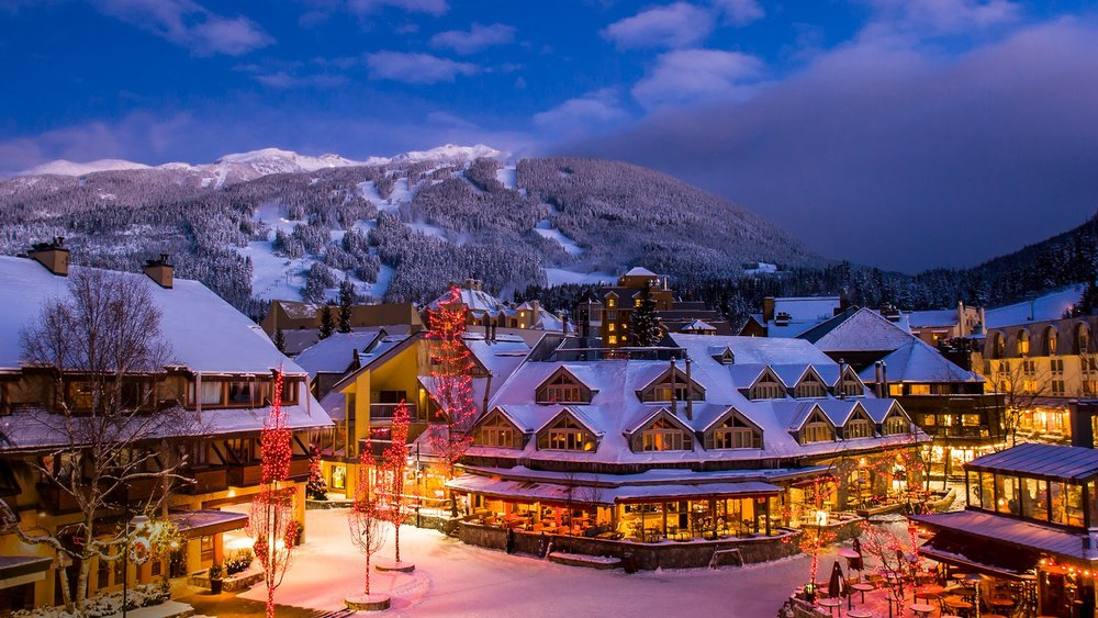 Have a memorable Christmas or New Year Holiday in Whistler village as you enjoy its majestic lights and joyful and unique events at this time of the year.