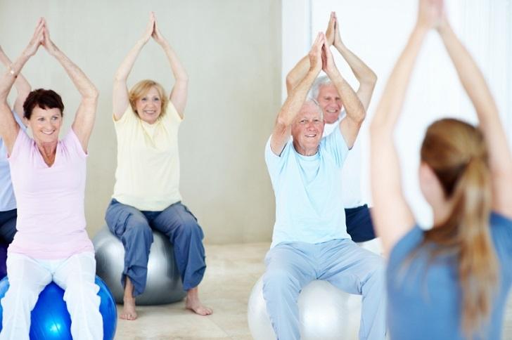 Elderly-resistance-training-3